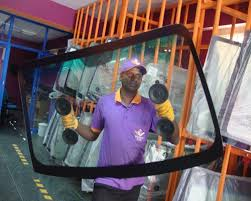 Why windshield experts are so important | Windshield experts in Noida