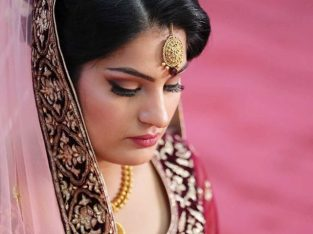 Famous bridal makeup artists in Delhi