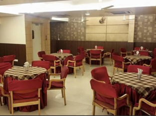 Affordable Banquet in Indore for your family functions!