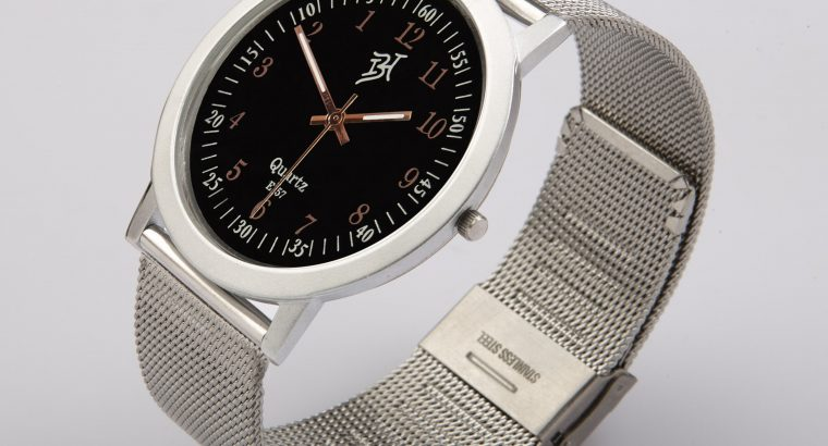 E157: Anticlockwise Uni Wrist Watches