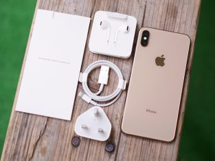 Apple iPhone XS MAX 256gb Unlocked new with warranty serious buyer only